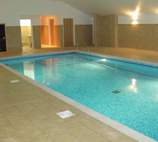 Hot tubs pool enclosures outdoor pools above ground pools for Ludlow hotels with swimming pool